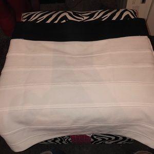 Guess M skirt